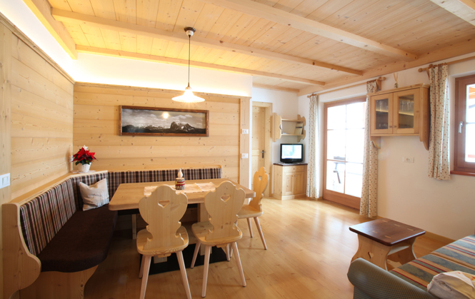 Appartamento Heidi - Apartments Bellaria a Selva in Val Gardena